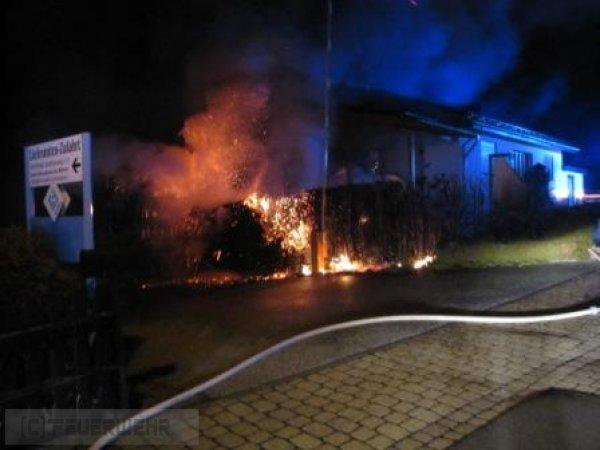 Brandeinsatz vom 01.01.2013  |  (C) FFw Sim (2013)